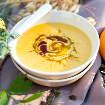 Sparkling Earrings For A Beautiful Fall: Enjoy yummy foods like this delicious pumpkin soup